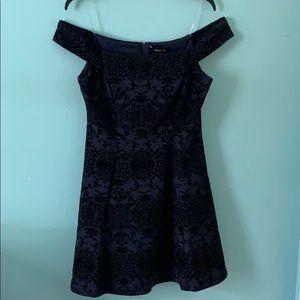 Junior dress dark blue and black
